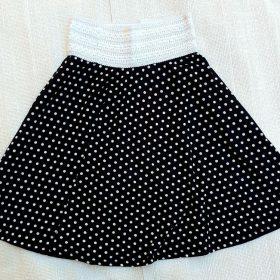 חצאית פנינית שחור נקודות לבנות